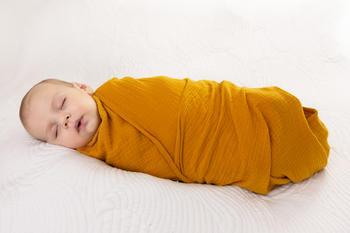 Zavinovačka mušelínová BabyMatex - kurkuma  - 2